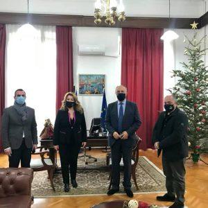 Συνάντηση εργασίας με τον Δήμαρχο Καστοριάς και τον Πρόεδρο ΔΕΥΑΚ είχε η επικεφαλής του γραφείου του Πρωθυπουργού στη Θεσσαλονίκη, Μαρία Αντωνίου