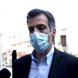 "kozan.gr: Ώρα 14:45: Αρκουμανεάς από την Κοζάνη: ""Οι επόμενες μέρες κι εβδομάδες θα είναι κρίσιμες, ειδικά την περίοδο των γιορτών  και δεν είναι μόνο για την Κοζάνη αλλά για όλη την Ελλάδα – Συνήθως σ' όλη την χώρα όπου υπάρχει αυξημένος αριθμός κρουσμάτων η εξήγηση είναι μία, δεν τηρούμε τα μέτρα όπως πρέπει"""