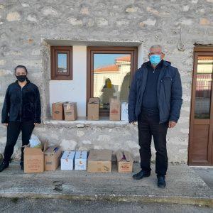 kozan.gr: Ο Σύλλογος Επαγγελματιών Ψαράδων λίμνης Πολυφύτου, στη μνήμη του Αγιορείτη μοναχού Επιφάνιου, του Μυλοποταμινού, διέθεσε δωρεάν, στους Δήμους Κοζάνης, Σερβίων & Βελβεντού, τρόφιμα μακράς διαρκείας ώστε να διανεμηθούν ή να χρησιμοποιηθούν προς όφελος απόρων συνανθρώπων μας