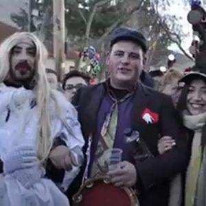 kozan.gr: Οι Μωμόγεροι Αλωνακίων, λόγω του ότι δεν θα πραγματοποιηθεί φέτος το έθιμο, μας αποζημιώνουν μ' ένα βίντεο με υλικό από τις προηγούμενες χρονιές (Βίντεο)