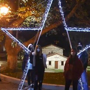 kozan.gr: Το βίντεο ευχών της Κοινότητα Αιανής με όμορφες εορταστικές εικόνες από την ιστορική έδρα του Δήμου Κοζάνης