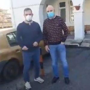 "kozan.gr: ""Μαμάτσειο"": Δηλώσεις, λίγο μετά τη παραλαβή των εμβολίων κατά του κορωνοϊου, παρουσία του Διοικητή του  νοσοκομείου Κοζάνης Σ. Γκανάτσιου και του Αντιπεριφερειάρχη Υγείας Η. Τοπαλίδη (Βίντεο)"
