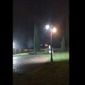 kozan.gr: 21:20: Ασθενής χιονόπτωση στο Μαυροδένδρι Κοζάνης (Βίντεο)
