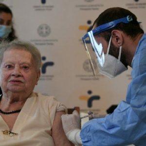 Κορωνοϊός: Ξεκινούν οι εμβολιασμοί ατόμων άνω των 85 ετών- Αρωγή στη μετακίνηση προς τα εμβολιαστικά κέντρα από το Δήμο Κοζάνης