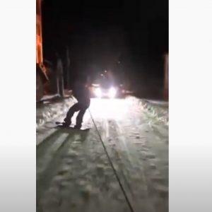 kozan.gr: Βραδινό snowboard, με -13 βαθμούς, στη Βλάστη Εορδαίας (Βίντεο)
