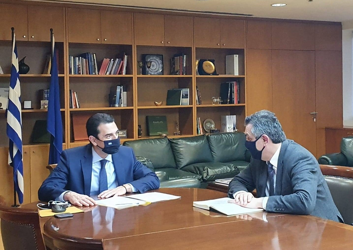 """Γ. Κασαπίδης: """"Θέματα της Δυτικής Μακεδονίας αρμοδιότητας του Υπουργείου Περιβάλλοντος και Ενέργειας είχαμε την ευκαιρία να συζητήσουμε με το νέο Υπουργό κ. Κωνσταντίνο Σκρέκα"""""""