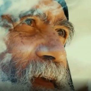 kozan.gr: Το όμορφο και συγκινητικό τραγούδι στη μνήμη του πατέρα Αυγουστίνου, σε στίχους – μελωδία Δημήτρη Μπάκανου & ερμηνείας Κωνσταντίνας Τεντόγλου – Το δημιουργικό του βίντεο έκανε ο Βαλάντης Χατζηζήσης