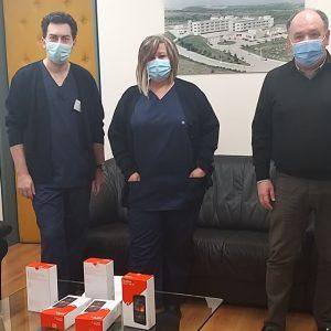 Η Γραμματεία Ποιότητας Ζωής και Εθελοντισμού της ΝΔ  πρόσφερε πέντε (5) tablets, στο Μποδοσάκειο, για χρήση από τους ασθενείς με covid-19