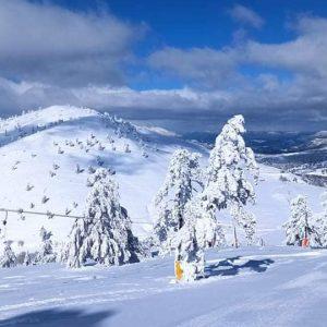 Σημερινές (27/1) μαγικές εικόνες από το Εθνικό Χιονοδρομικό Κέντρο Βασιλίτσας