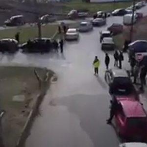 kozan.gr: Βίντεο, από drone, της σημερινής συγκέντρωσης διαμαρτυρίας με αυτοκινητοπομπή στην Πτολεμαίδα, στο πλαίσιο της διαμαρτυρίας για το παρατεταμένο lockdown στο Δήμο Εορδαίας (Βίντεο)