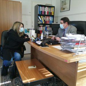 Επίσκεψη Ολυμπίας Τελιγιορίδου στα εμβολιαστικά κέντρα Καστοριάς για τον κορονωϊό
