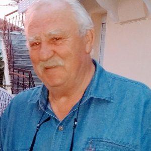 kozan.gr:Έφυγε από τη ζωή ο 74χρονος συμπατριώτης μας, από την Αναρράχη Εορδαίας, Βελισσάριος Μυλωνάς, βιοτέχνης ζωοτροφών, με μεγάλη κοινωνική προσφορά, γνωστός στο πανελλήνιο, με αρκετά αφιερώματα, για τη σπουδαία ιδιωτική συλλογή κινητήρων εσωτερικής καύσης του προηγούμενου αιώνα.