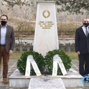 Στεφάνι κατέθεσαν στο Στρατιωτικό Νεκροταφείο ο Δήμαρχος Φλώρινας και ο Πρόεδρος της Κοινότητας Φλώρινας