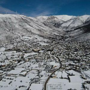 Εντυπωσιακές φωτογραφίες από τη χιονισμένη Εράτυρα