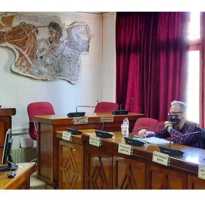Συνάντηση Δημάρχου Εορδαίας με τους Προέδρους των Κοινοτήτων Κομάνου, Μαυροπηγής, Πτελεώνα και Αναργύρων – Συζήτηση για την πορεία των μετεγκαταστάσεων των οικισμών
