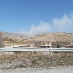 kozan.gr: Ώρα 14:45: Φωτιά σε χορτολιβαδική έκταση λίγο πιο έξω από το Δρέπανο Κοζάνης απέναντι από το Στρατόπεδο ΓΑΖΗ – Επιχειρούν στο σημείο πυροσβέστες προκειμένου να περιορίσουν τη φωτιά (Φωτογραφίες & Βίντεο)