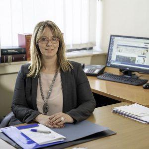Η διαμεσολάβηση είναι γένους θηλυκού – Η Κατερίνα Τσιομπάνου, συμπαραστάτης του πολίτη και της επιχείρησης της περιφέρειας Δυτικής Μακεδονίας μίλησε αποκλειστικά στο in.gr