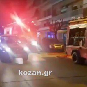 kozan.gr: Πτολεμαίδα: Υλικές ζημιές σε διαμέρισμα 2ου ορόφου στην οδό 25ης Μαρτίου 60 μετά από φωτιά, που ξέσπασε γύρω στις 20:30 το βράδυ της Τρίτης 9/3 (Βίντεο)