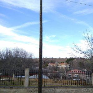 kozan.gr: Λευκόβρυση Κοζάνης: Δύο ώρες μετά την ανάδειξη του θέματος από το kozan.gr, το πρόβλημα με την κολόνα του ΟΤΕ, που είχε πάρει κλίση, αποκαταστάθηκε (Φωτογραφίες)