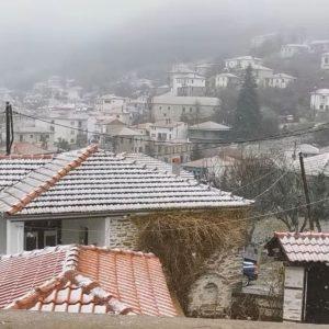 kozan.gr: Ώρα 10.15: Χιονόπτωση στη Βλάστη Εορδαίας  (Βίντεο)