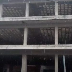 kozan.gr: Ώρα 11:15 π.μ.: Χιονόπτωση στην πόλη της Πτολεμαΐδας (Βίντεο)