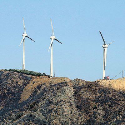 «Κόφτης» για τους… επενδυτές στις ανανεώσιμες πηγές ενέργειας
