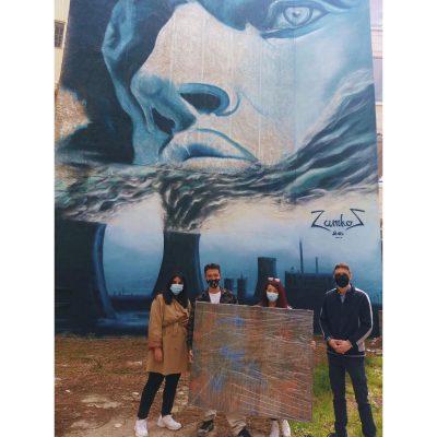 Η πρωτοβουλία νέων Kοζάνης παρέδωσε, ύστερα από διαγωνισμό, τον πίνακα που δημιούργησε ο Γιάννης Ζάμκος