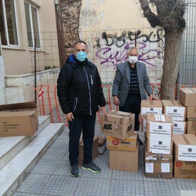 Με απόλυτη επιτυχία ολοκληρώθηκε η συνεισφορά αλληλεγγύης και βοήθειας προς τους σεισμόπληκτους της Ελασσόνας, από την Συντονιστική Επιτροπή Αγώνα Συνταξιούχων Κοζάνης και πρωτοβάθμιων σωματείων Κοζάνης