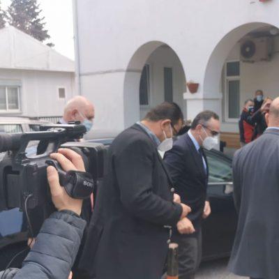 "kozan.gr: Στο ""Μαμάτσειο"" έφτασε, πριν από λίγο (14:15), ο αναπληρωτής Υπουργός Υγείας, Βασίλη Κοντοζαμάνης, με αφορμή την ""πίεση"", σε ασθενείς Covid19, που δέχεται το νοσοκομείο Κοζάνης και το συντονισμό ενός  επιχειρησιακού σχεδίου για την αντιμετώπιση της πανδημίας σε επίπεδο Π.Ε. Κοζάνης(Bίντεο)"