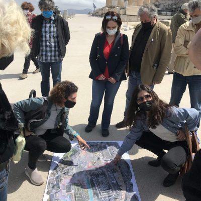 Καλλιόπη Βέττα: Πρωτοφανής η βεβήλωση του Ιερού Βράχου στην Ακρόπολη