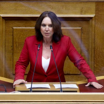 Καλλιόπη Βέττα: Οι Σχολές Χορού καταρρέουν και η κυβέρνηση παρακολουθεί αδιάφορη – Κοινοβουλευτική ερώτηση για τη στήριξη του κλάδου