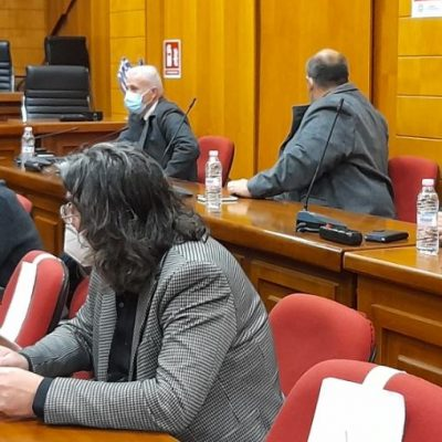 "kozan.gr: Δήμαρχος Σερβίων, Χ. Ελευθερίου στον Υφυπουργό Υποδομών & Μεταφορών Γ. Κεφαλογιάννη, στη σημερινή σύσκεψη στην Π.Ε. Κοζάνης : ""Ο δρόμος Κοζάνη – Σέρβια – Ελασσόνα είναι κατσικόδρομος, ο χειρότερος δρόμος που ενώνει νομούς. Να συντηρηθεί να γίνει επιτέλους ο Κάθετος Άξονας. Να χαραχθεί ο δρόμος όπως πρέπει και να γίνει ""χθες"""" (Βίντεο)"