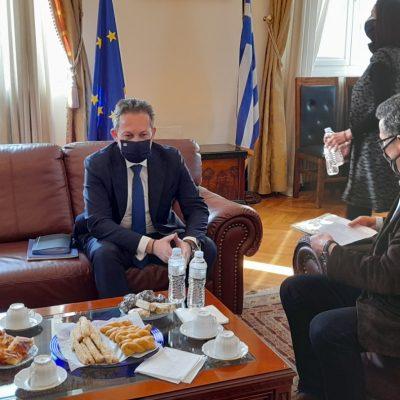 kozan.gr: Στο Δημαρχείο Κοζάνης ο Αν. Υπουργός Εσωτερικών Σ. Πέτσας – Τα θέματα της απολιγνιτοποίησης έθεσε ο Δήμαρχος Κοζάνης Λ. Μαλούτας  (Βίντεο)