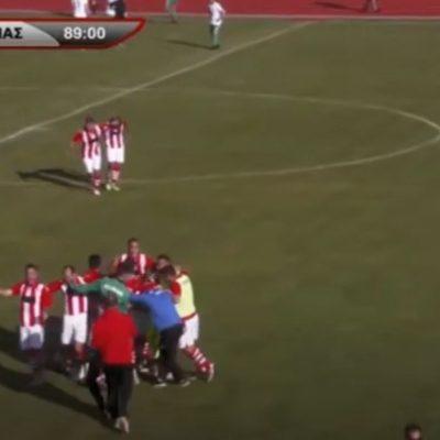 kozan.gr: Πήρε τη νίκη, εντός έδρας, με σκορ 2-0 (στο 76ο & 89ο λεπτό) η Κοζάνη κόντρα στον Δία Δίου – Είχε προηγηθεί στο 71ο λεπτό ένα δυνατό φάουλ που προκάλεσε στιγμιαία σύρραξη μεταξύ των παικτών των δύο ομάδων, ωστόσο τα πνεύματα, με την επέμβαση των ψυχραιμότερων, ηρέμησαν – Φοβερό το 2ο γκολ της Κοζάνης, σχεδόν από το κέντρο του γηπέδου (Βίντεο)