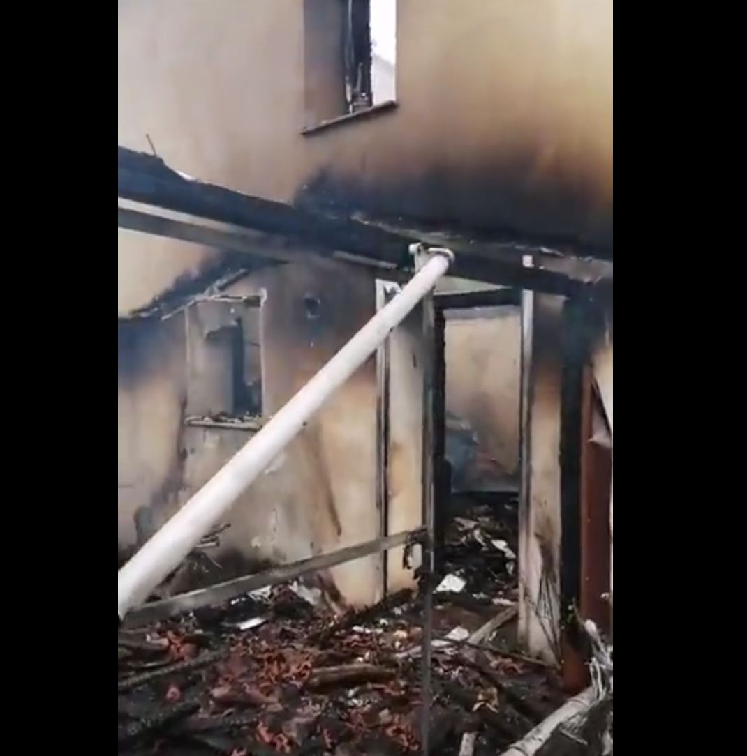 kozan.gr: Κάηκε ολοσχερώς κατοικία στον Αλιάκμονα Βοΐου (Φωτογραφίες & Βίντεο)