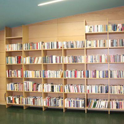 Δωρεά 6.000 βιβλίων και 1.000 περιοδικών στην  Κοβεντάρειο Δημοτική Βιβλιοθήκη Κοζάνης – Συλλογή που ανήκε στον αείμνηστο Πάρι Ξεπουλιά