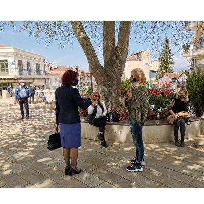 Με πολίτες, αγρότες, επιχειρηματίες, εμπόρους της λαϊκής αγοράς και το Δήμαρχο Σερβίων συναντήθηκε στα Σέρβια, στο Βαθύλακκο, στη Μεσιανή και στο Ροδίτη η Παρασκευή Βρυζίδου Βουλευτής Ν. Κοζάνης