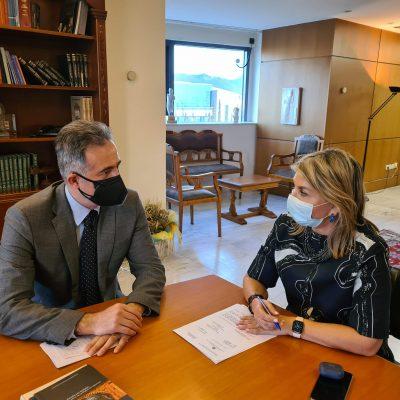 Στάθης Κωνσταντινίδης, Βουλευτής Π.Ε Κοζάνης: «Την ανάγκη ίδρυσης λυκειακών τάξεων στο Καλλιτεχνικό Σχολείο Κλείτου Κοζάνης και Γυμνασίου στην Εράτυρα Βοΐου, έθεσα στην Υφυπουργό Ζέττα Μακρή»