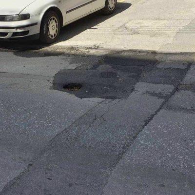 """Kozan.gr: Αυτά έχουν τα """"μπαλώματα"""" – Ούτε μία εβδομάδα δεν κράτησε το """"μπάλωμα"""" επί της οδού Παύλου Χαρίση"""