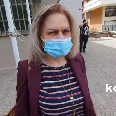 "kozan.gr: Την Τέταρτη η απολογία των δύο κατηγορουμένων για τη δολοφονία του 53χρονου – ""Δεν είχε καμία συμμετοχή η πελάτισσά μου στην εγκληματική πράξη"", δηλώνει η δικηγόρος (της κατηγορουμένης), Α. Βακωνάκη (Βίντεο)"