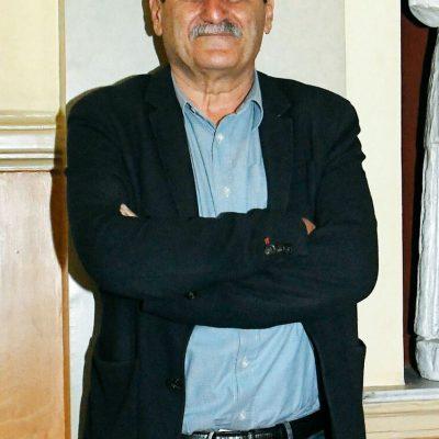 Ο «κόκκινος» δήμαρχος της Πάτρας, με καταγωγή από το Ρυάκιο Κοζάνης, μιλά για την εποχή μας: «Επιστρέφουμε σε εποχές που φεύγαμε για δουλειά με την ανατολή και γυρνούσαμε με τη δύση»