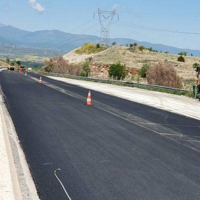 Εργασίες ασφαλτόστρωσης στο δρόμο Πτολεμαίδας – Κοζάνης (Φωτογραφίες)