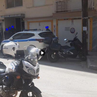 kozan.gr: Μάνα και γιος βρέθηκαν νεκροί μέσα στην οικία τους στην Πτολεμαίδα – Tι δείχνουν τα πρώτα στοιχεία (Φωτογραφία)