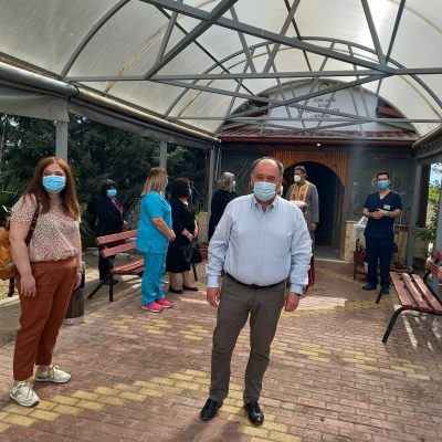 Mποδοσάκειο: Η καθιερωμένη αρτοκλασία για τους νοσηλευτές και τις μαίες του νοσοκομείου, στο πλαίσιο του εορτασμού της παγκόσμιας ημέρας του νοσηλευτή