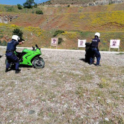 """Γενική Περιφερειακή Αστυνομική Διεύθυνση Δυτικής Μακεδονίας: """"Φωτογραφίες από την εκπαίδευση των αστυνομικών που απαρτίζουν την Ομάδα Δίκυκλης Αστυνόμευσης #ΔΙ_ΑΣ της Διεύθυνσης Αστυνομίας Καστοριάς, ολοκληρώθηκε"""""""