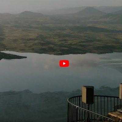 kozan.gr: Το μουσικό DJ Set του RALF MAG, γυρισμένο στο πανέμορφο μπαλκόνι του Αγίου Χριστόφορου στο Προσήλιο, με την απίστευτη θέα της λίμνης Πολυφύτου (Bίντεο)