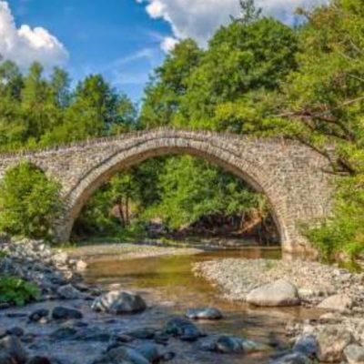 kozan.gr: Η Περιφέρεια Δυτικής Μακεδονίας προτίθεται να υποβάλλει πρόταση στο Επιχειρησιακό Πρόγραμμα Δυτική Μακεδονία για τη Δημιουργία Ενιαίου Δικτύου Σήμανσης και Πληροφόρησης των Πέτρινων Γεφυριών, προϋπολογισμού 1.145.000€