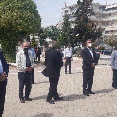 kozan.gr:  Με μια λιτή εκδήλωση, λόγω πανδημίας, ο Πολιτιστικός Σύλλογος Κρητών Και Φίλων Κρήτης Πτολεμαΐδας πραγματοποίησε εκδήλωση μνήμης και τιμής, σήμερα Κυριακή 30/5, για τον εορτασμό της 80ης επετείου της μάχης της Κρήτης (Βίντεο & Φωτογραφίες)
