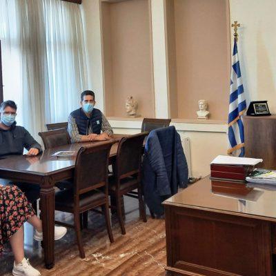 Επίσκεψη στο γραφείο του Δημάρχου Εορδαίας από κλιμάκιο του ΚΕΘΕΑ Ηπείρου