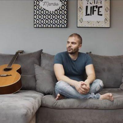 "kozan.gr: O Στάθης Παπαγεωργίου , από την Πτολεμαΐδα, μας τραγουδά ""Καλύτερα να φεύγω"", σε μουσική/στίχους της Π. Μπαλτατζή   (Βίντεο)"